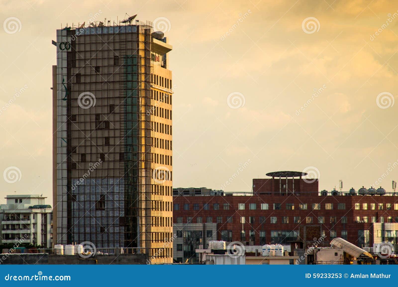 Download Rascacielos Que Es Renovado En Gurgaon Imagen de archivo - Imagen de edificio, india: 59233253