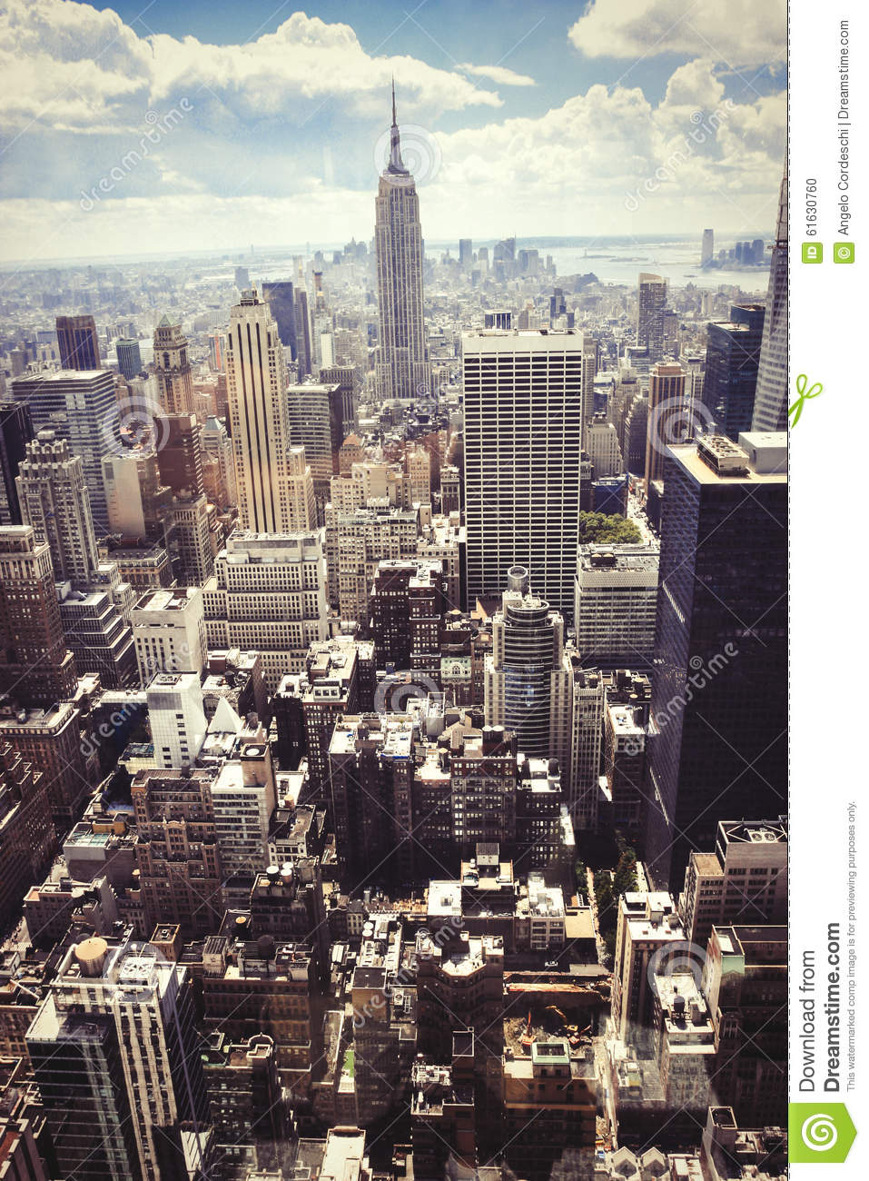 rascacielos vista area de new york city manhattan imagen editorial