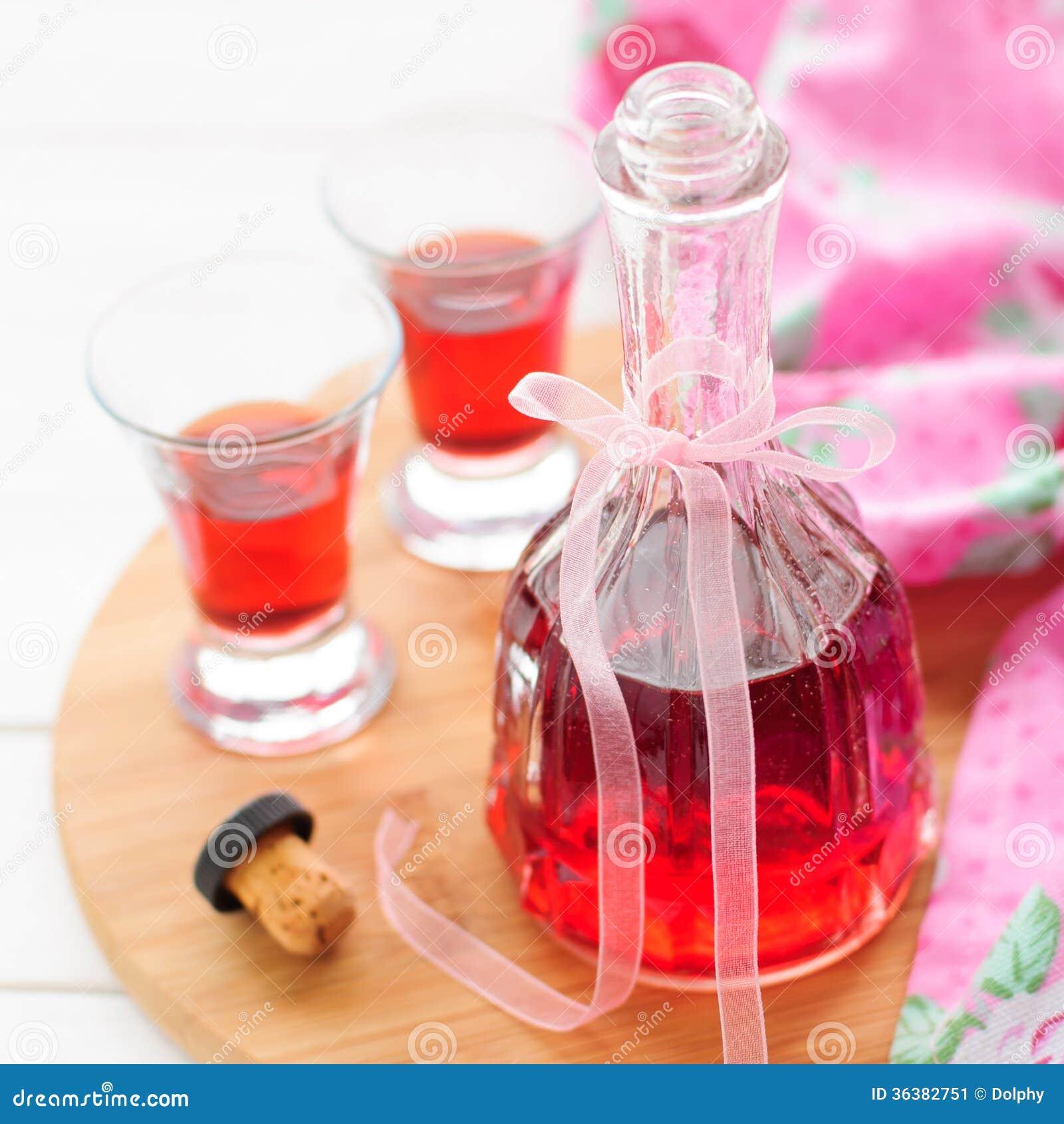 liqueur cherry liqueur diy hazelnut liqueur homemade raspberry liqueur ...