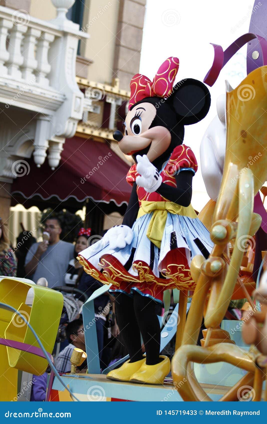Rat?n de Minnie en Disneylandya