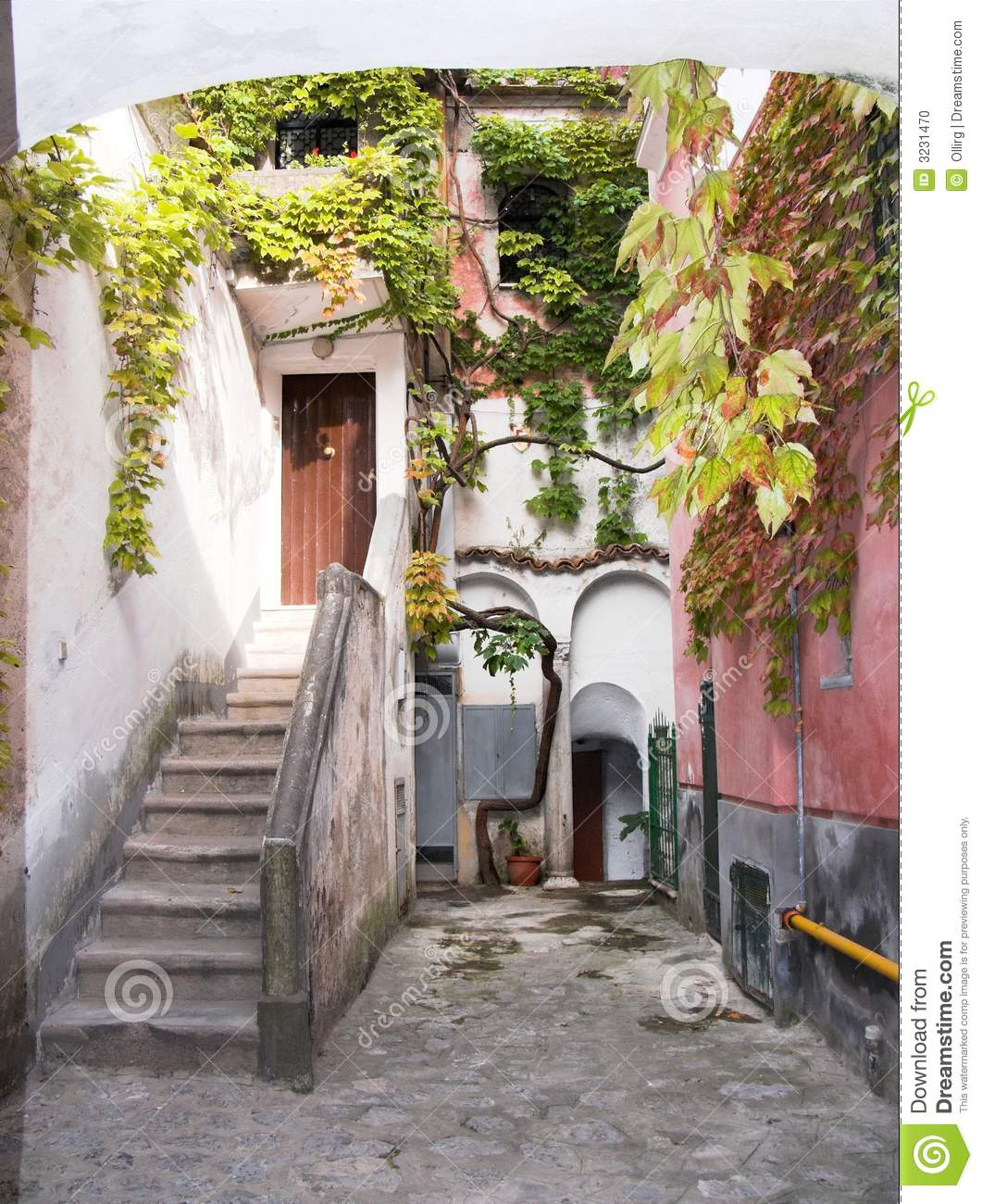 Ravello alley stairs climber