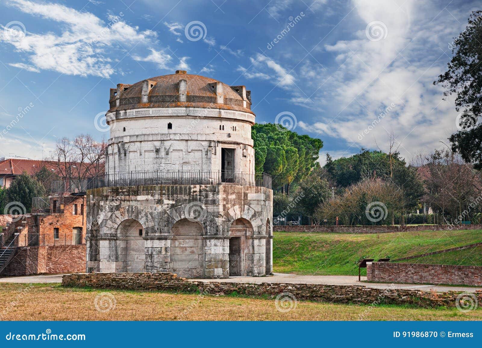 Ravenna Italien: mausoleet av Theodoric