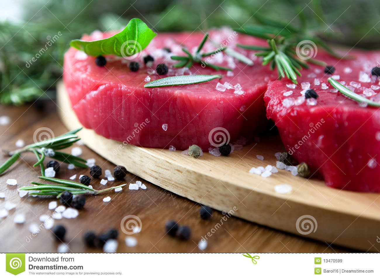 Raw beef with herbs