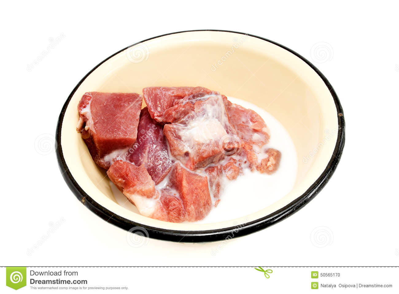 Is it necessary to soak the beef liver in milk and how to properly fry it