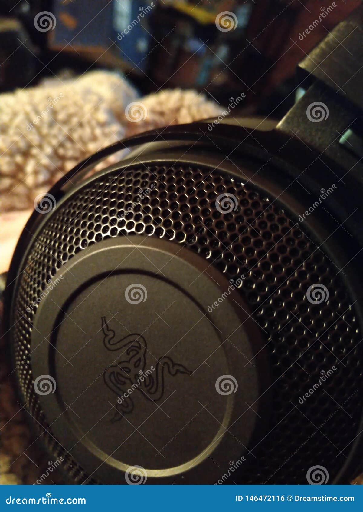 Razer Kraken - spela hörlurar med mikrofon 005
