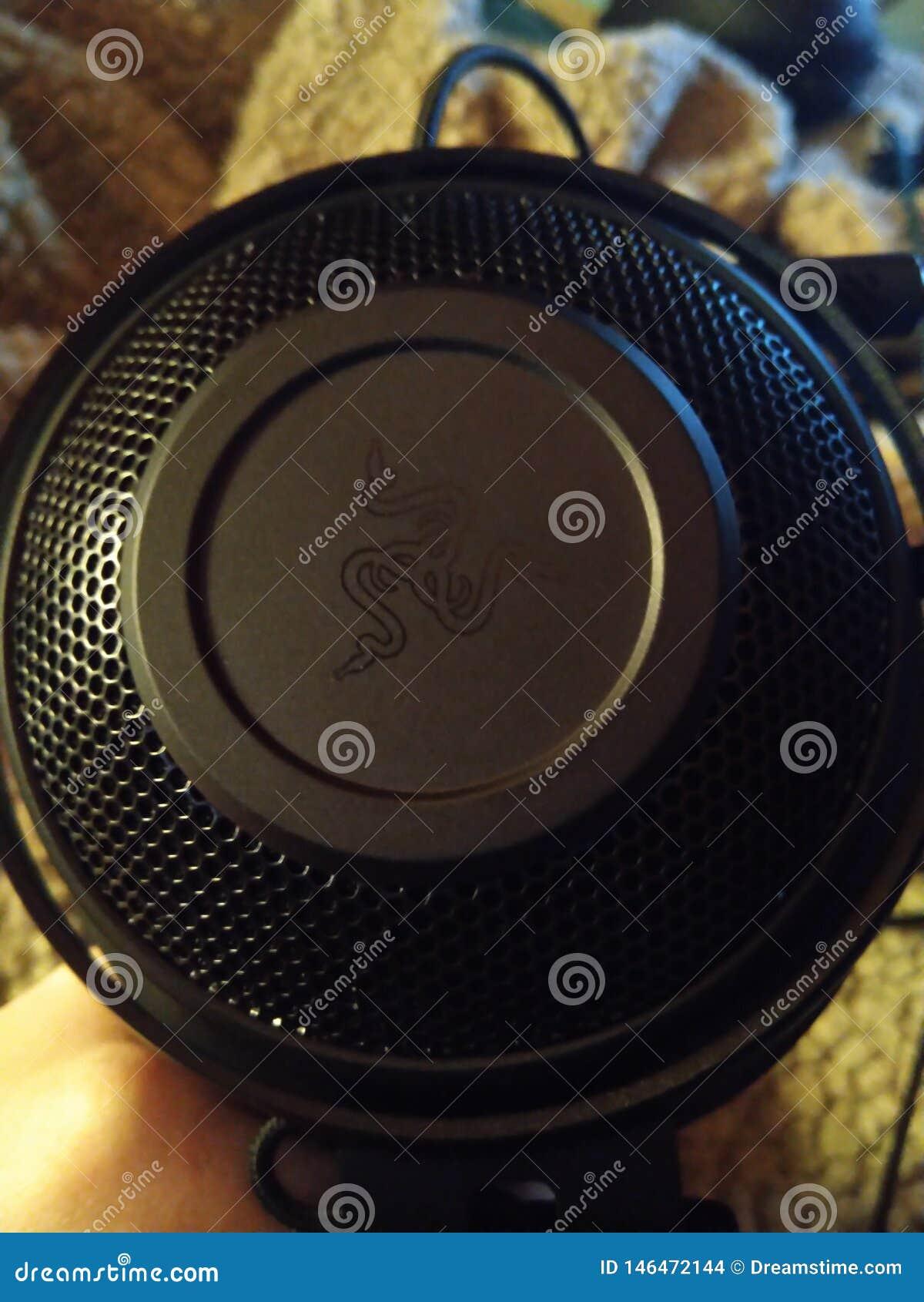 Razer Kraken - spela hörlurar med mikrofon 007