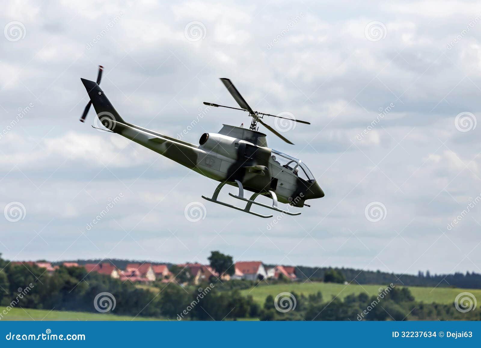 RC-Kampfhubschrauber