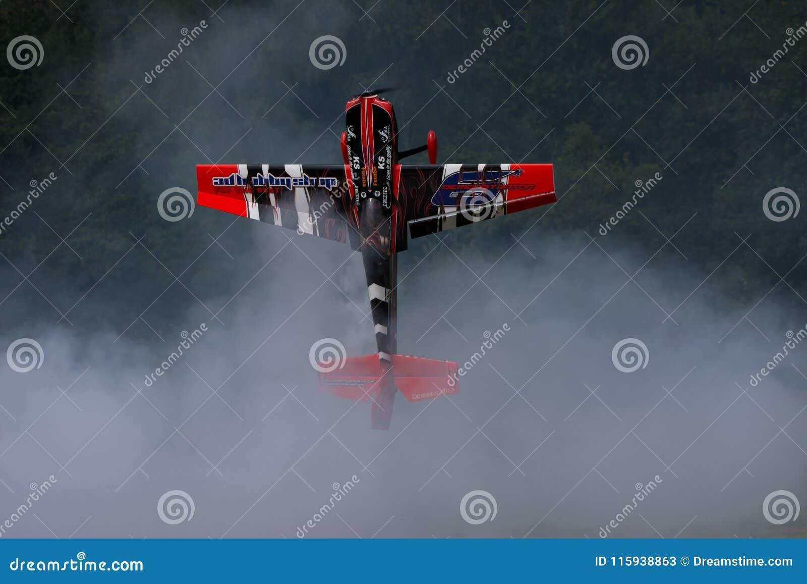 RC-nivåkonstflygning