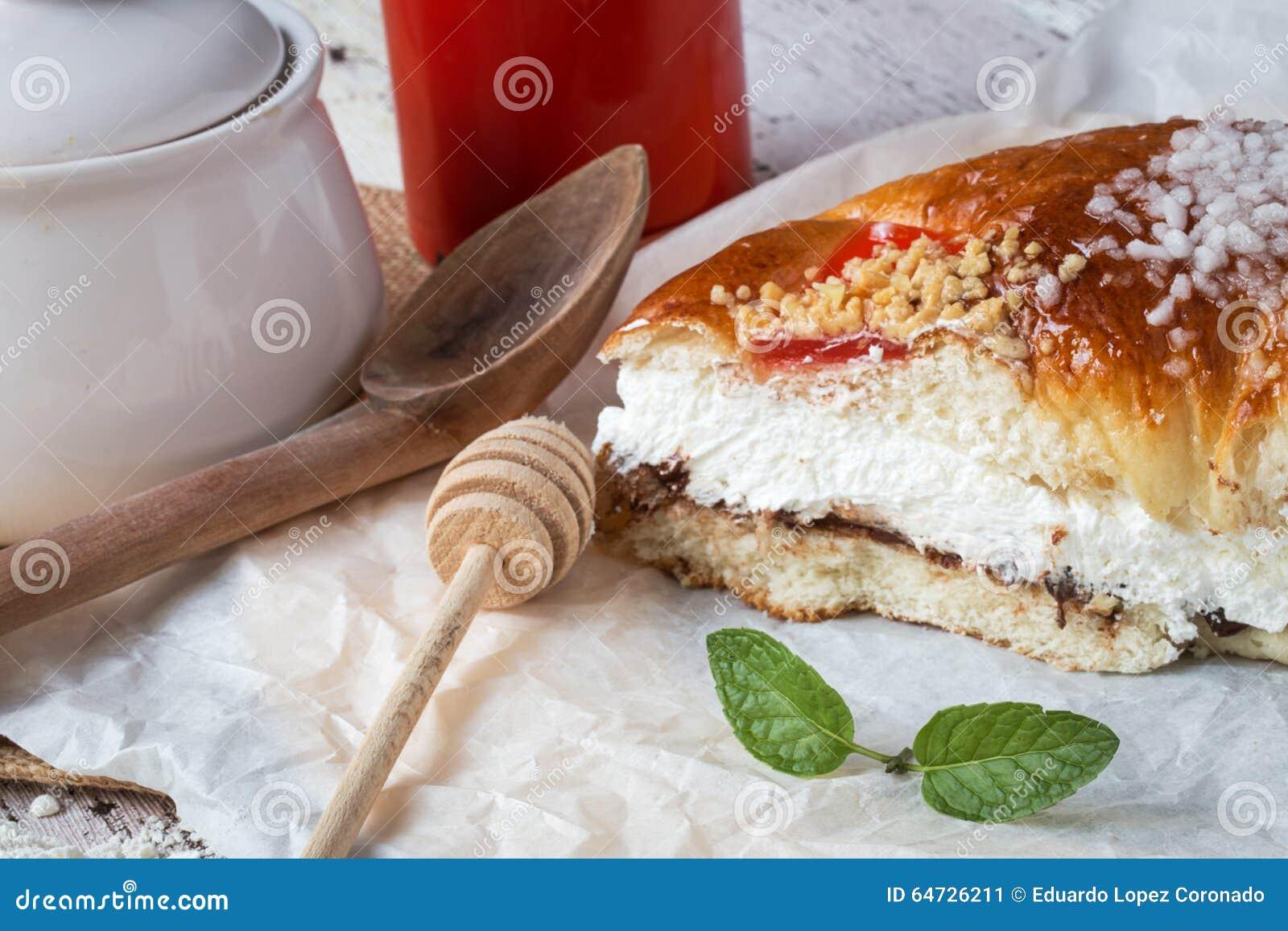Re agglutinano con crema, caffè e la menta, swee tradizionale spagnolo