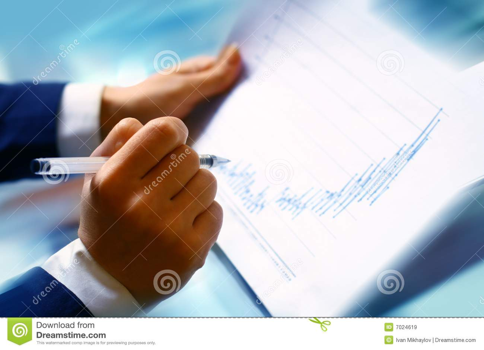 Read financial report