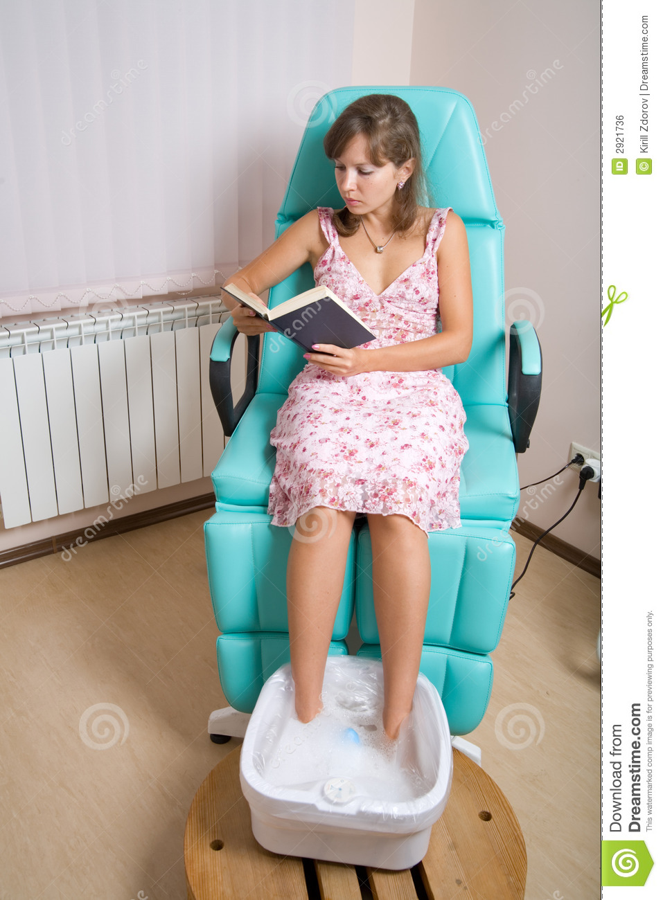 reading at beauty salon royalty free stock image image