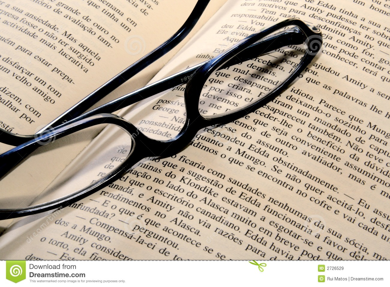 glasses on book - photo #32