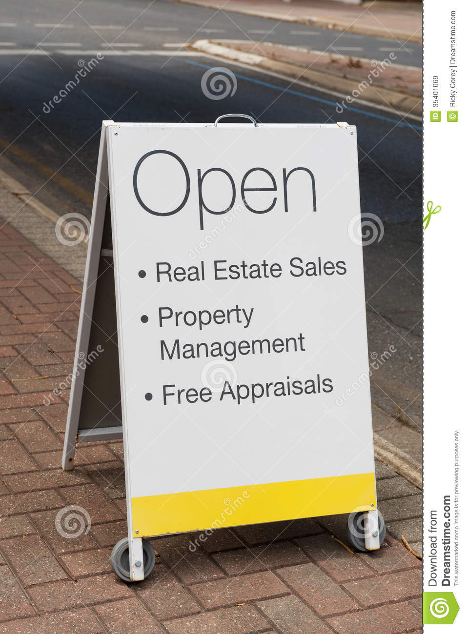 Real Estate Sandwich Board Royalty Free Stock Images - Image: 35401069