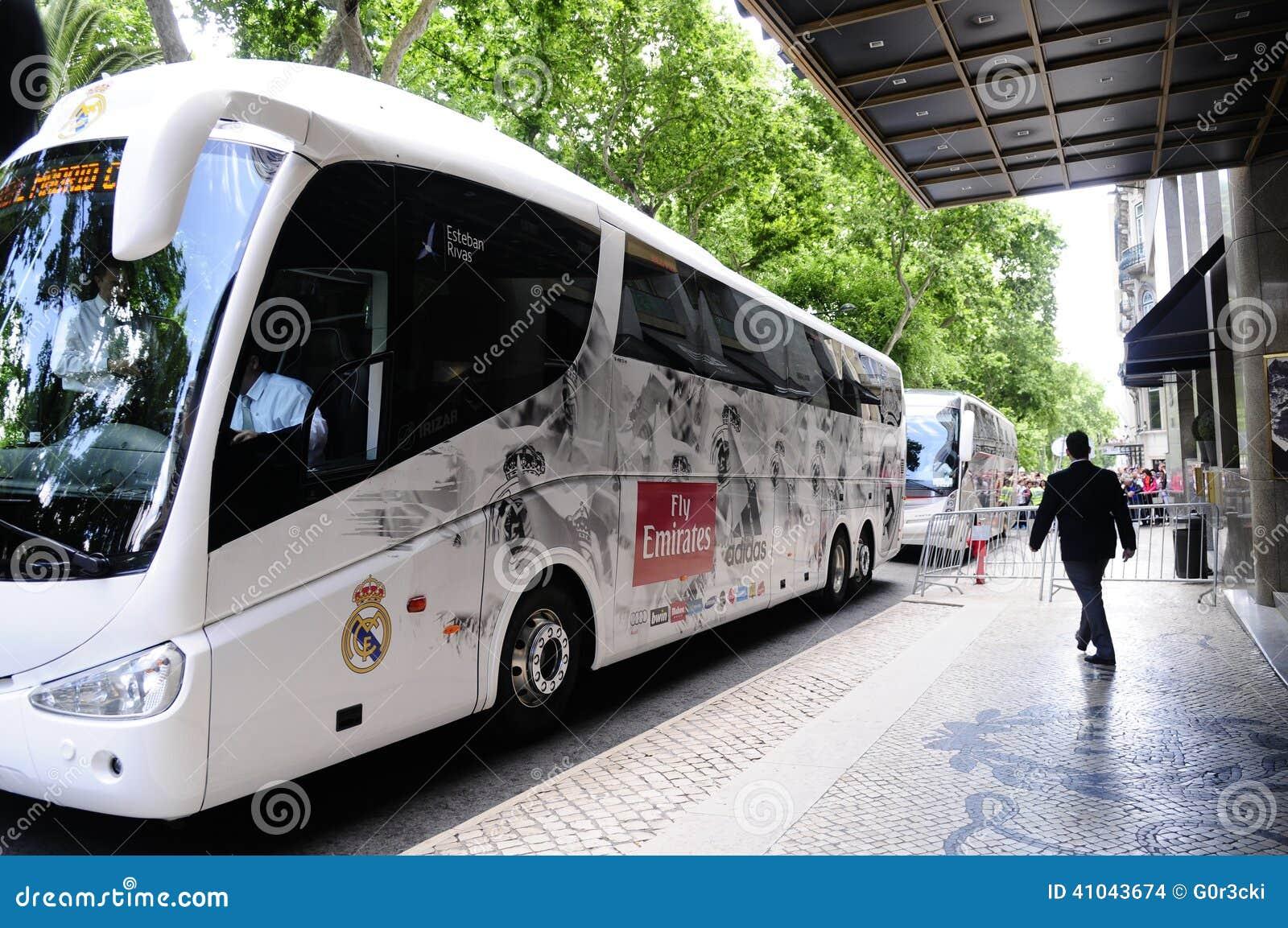Real Madrid-Profifußball Team Bus