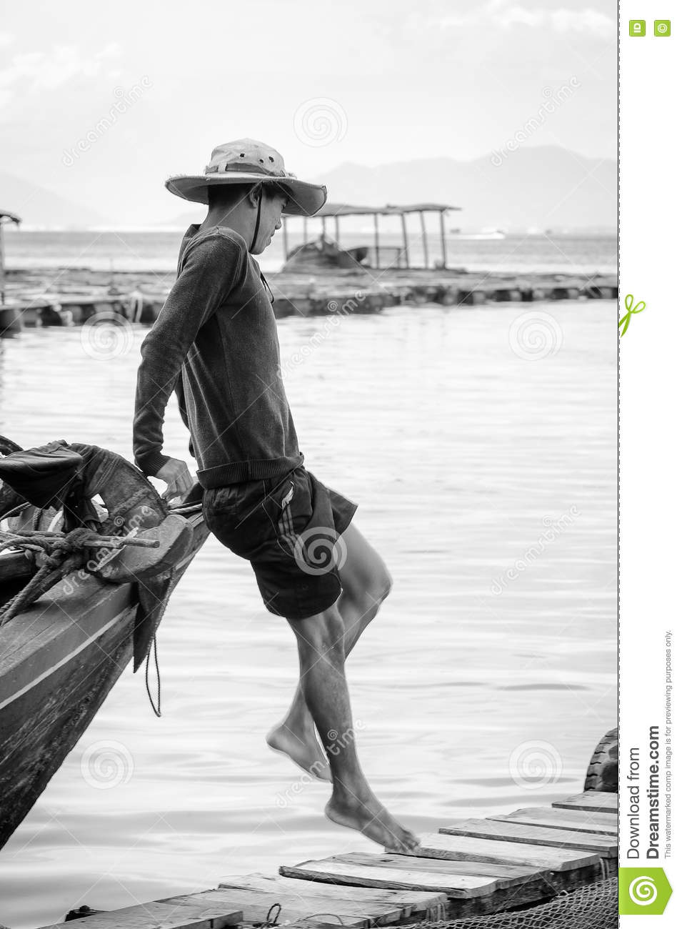 Real People In Vietnam, In Black And White Editorial Stock