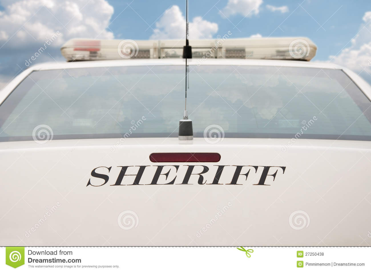 rear end of a sheriff 39 s patrol car stock photo image 27250438. Black Bedroom Furniture Sets. Home Design Ideas