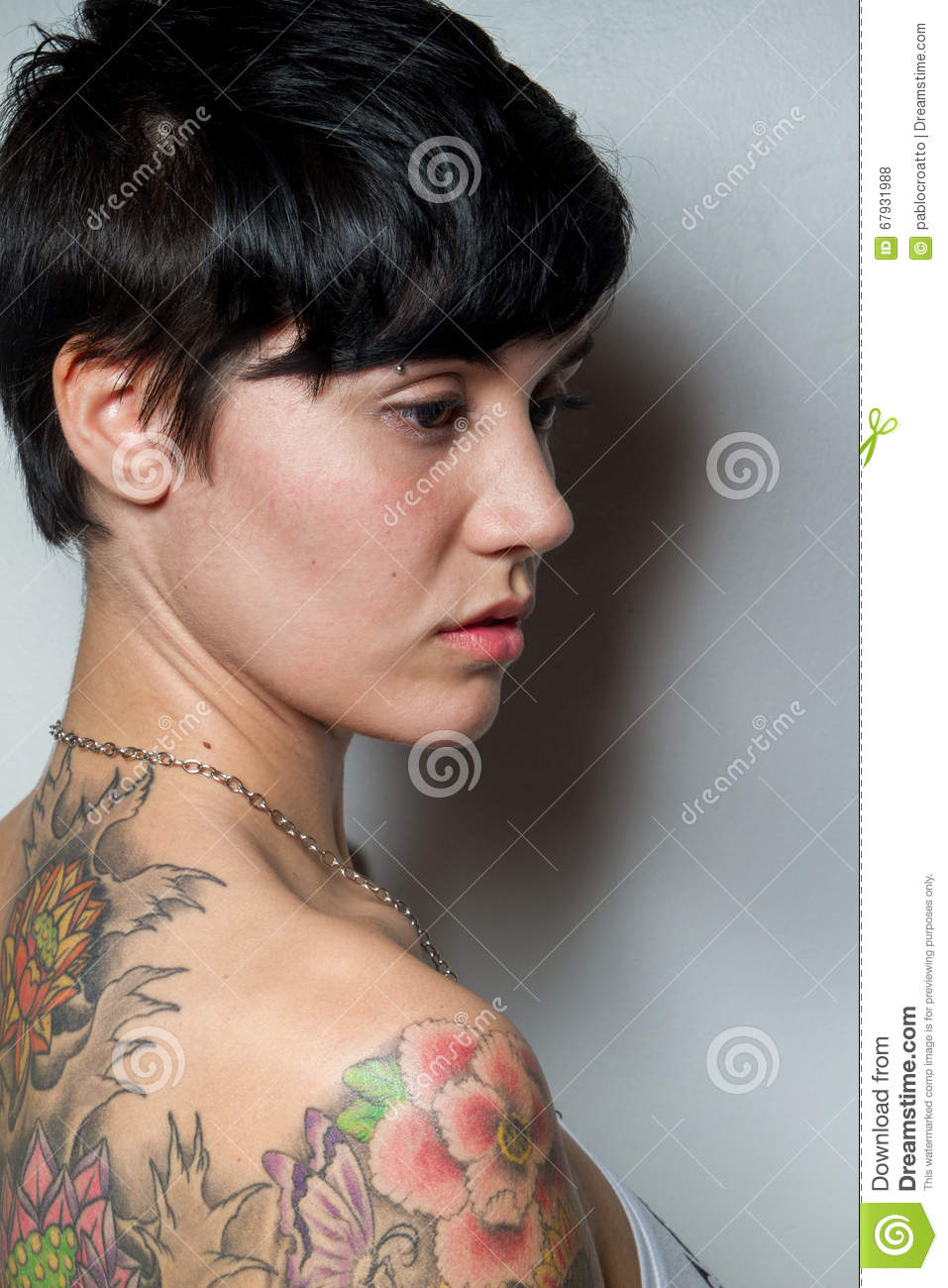 Opinion Adorable shorthaired brunette