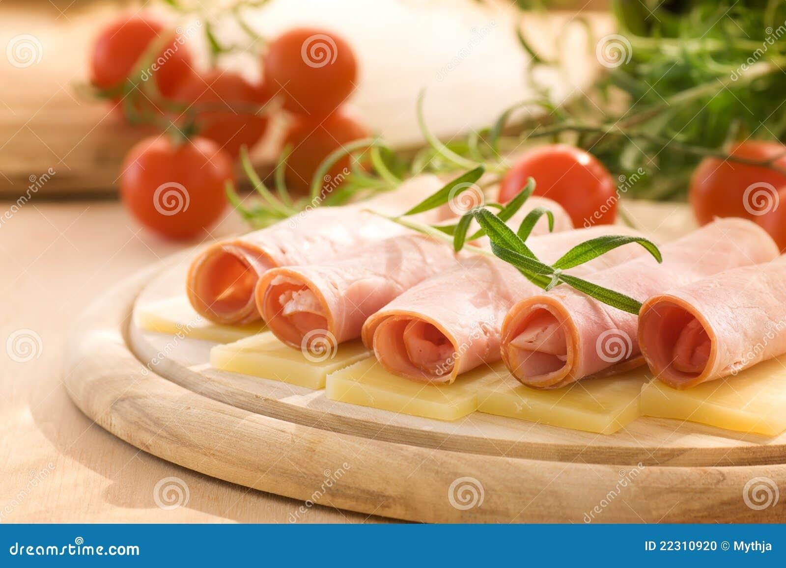 Rebanadas de jamón y de queso