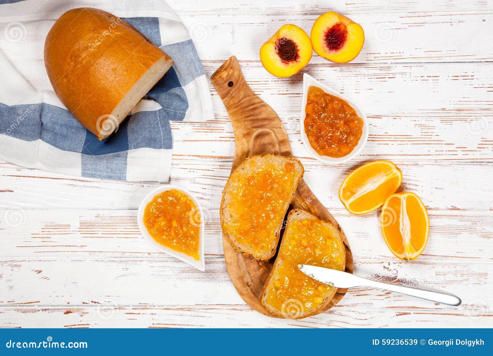 Download Rebanadas De Pan Con El Atasco Imagen de archivo - Imagen de tostada, homemade: 59236539