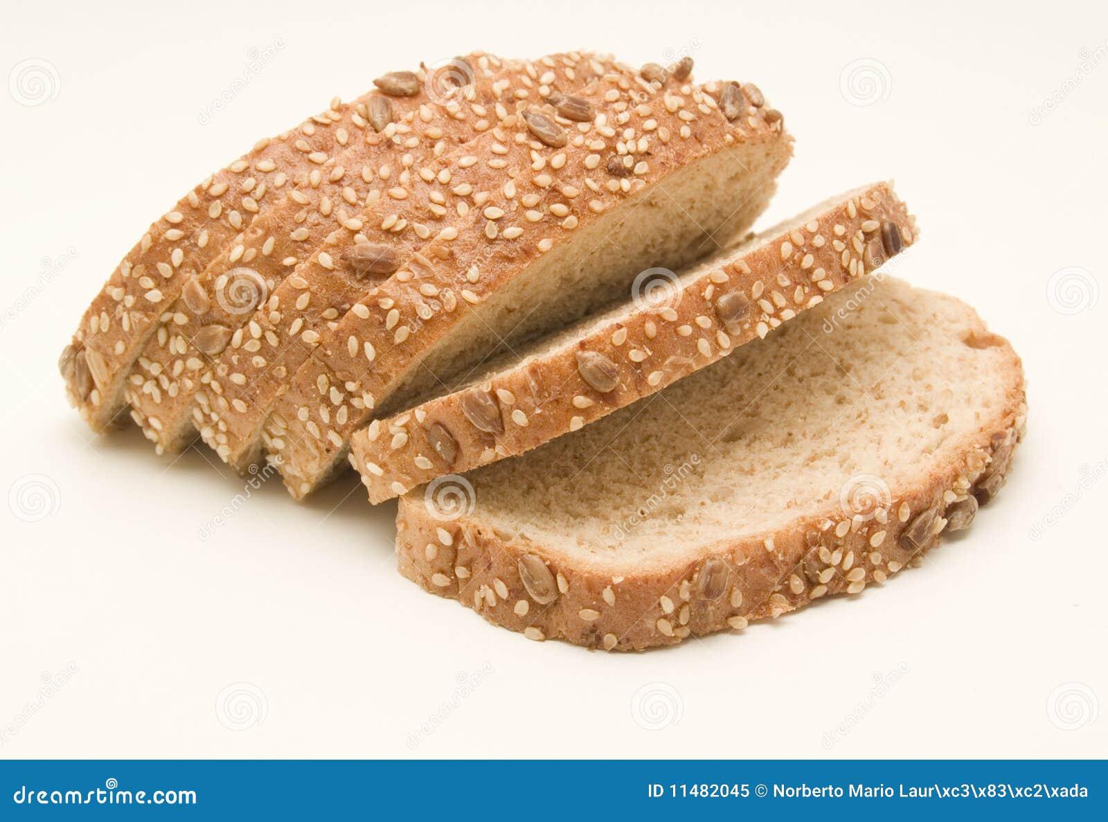 pan negro ¿sabes que el pan negro engorda menos que el blancopara nosotras mujeres es un dato muy importante porque nos ayuda a estar en línea y entregar más salud a nuestro organismo si después el pan negro lo cocinamos nosotros se va a añadir un toque de calidad y de sabor.