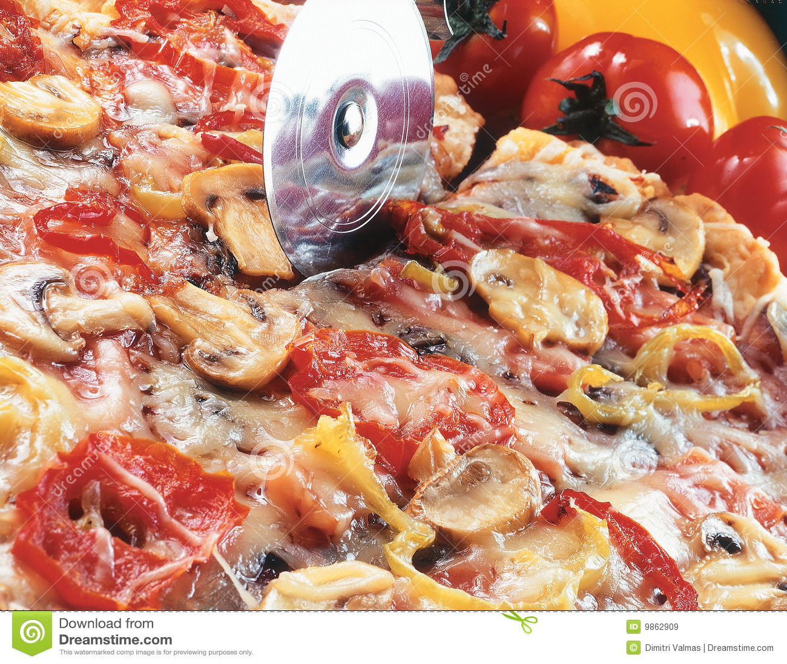 Rebanar la pizza.
