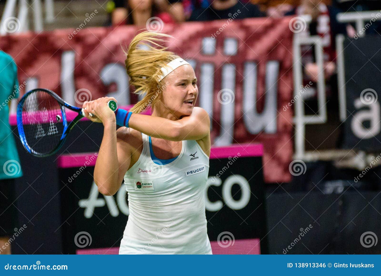 Rebecca Sramkova, tijdens Wereldgroep II Eerste Rond spel tussen team Letland en team Slowakije