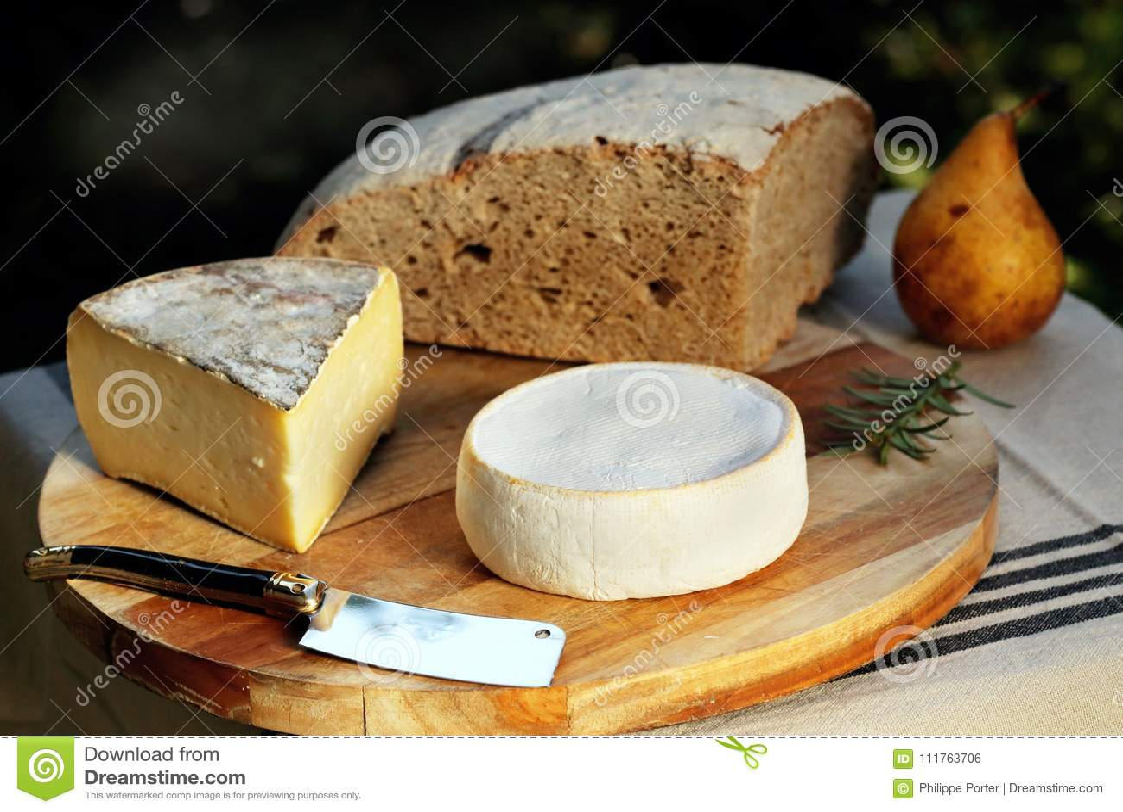 reblochon tomme de savoie french cheese savoy french alps france rh dreamstime com