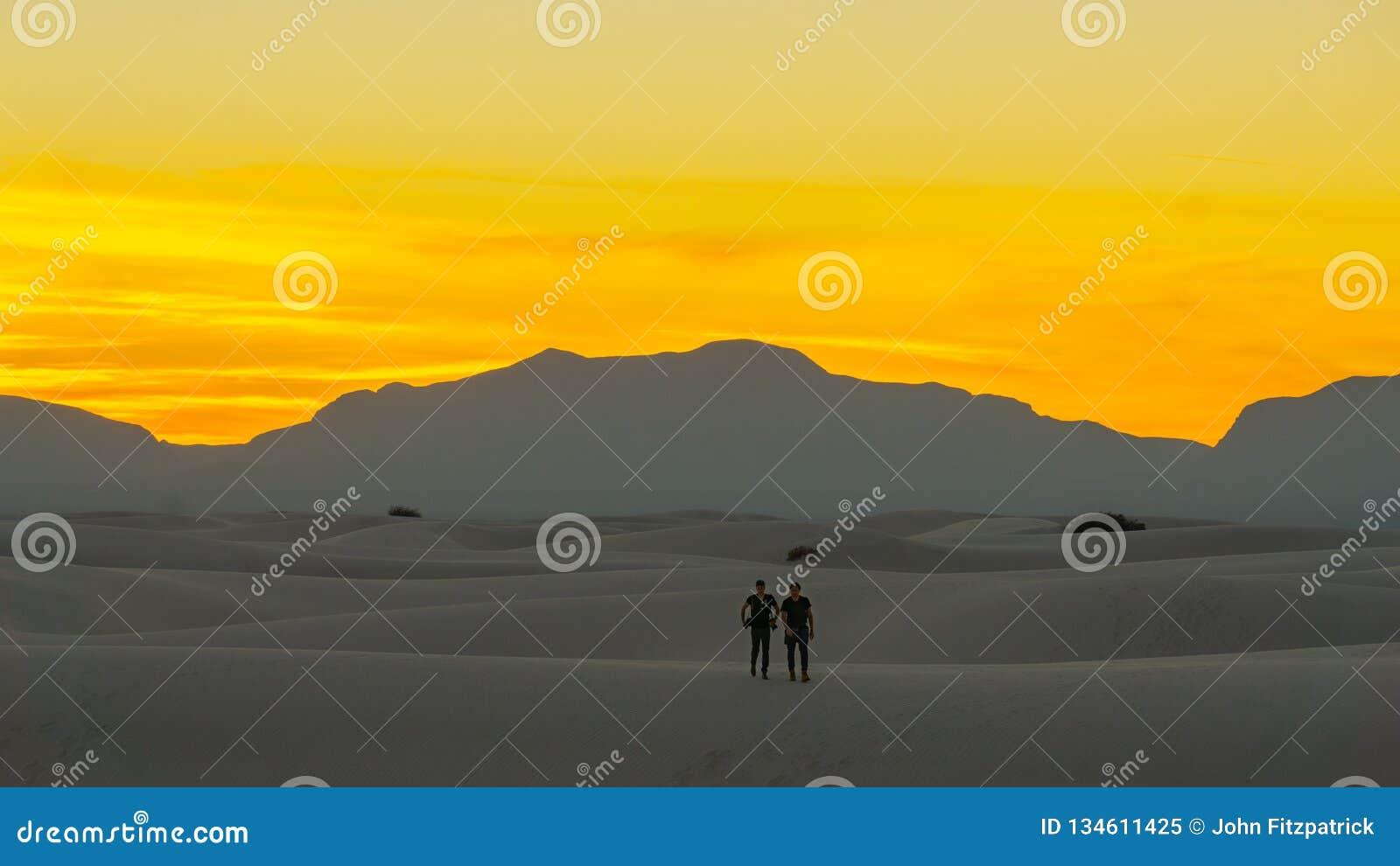Recente Zonsondergang over het Woestijn Witte Zand van New Mexico