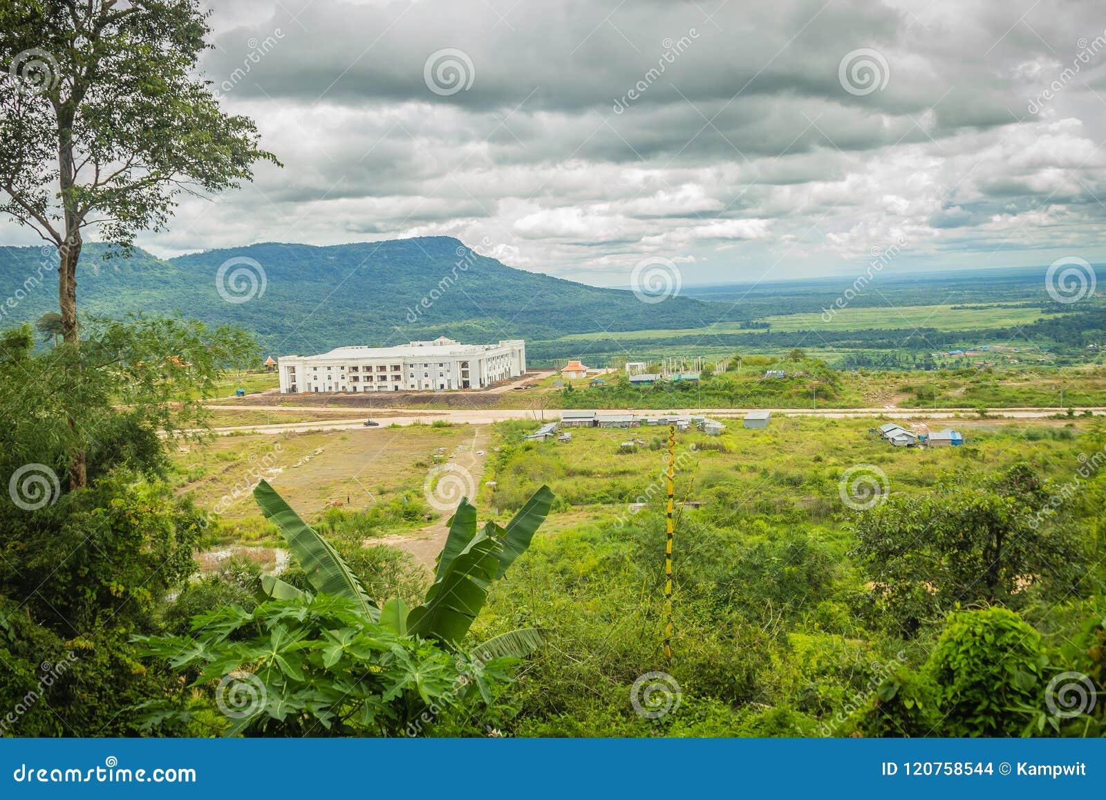 Recentemente costruzione dell hotel di località di soggiorno del casinò a Chong Arn Ma, valico di frontiera della Tailandese-Camb