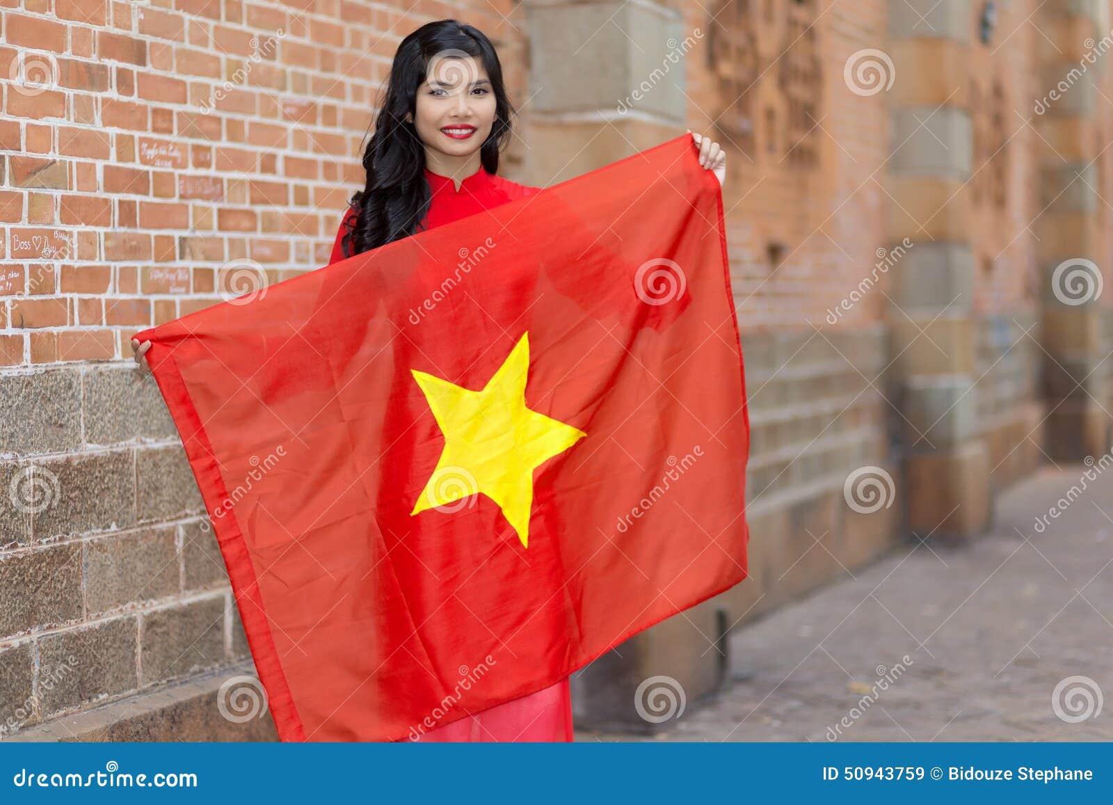 vietnamesische frauen treffen Singen