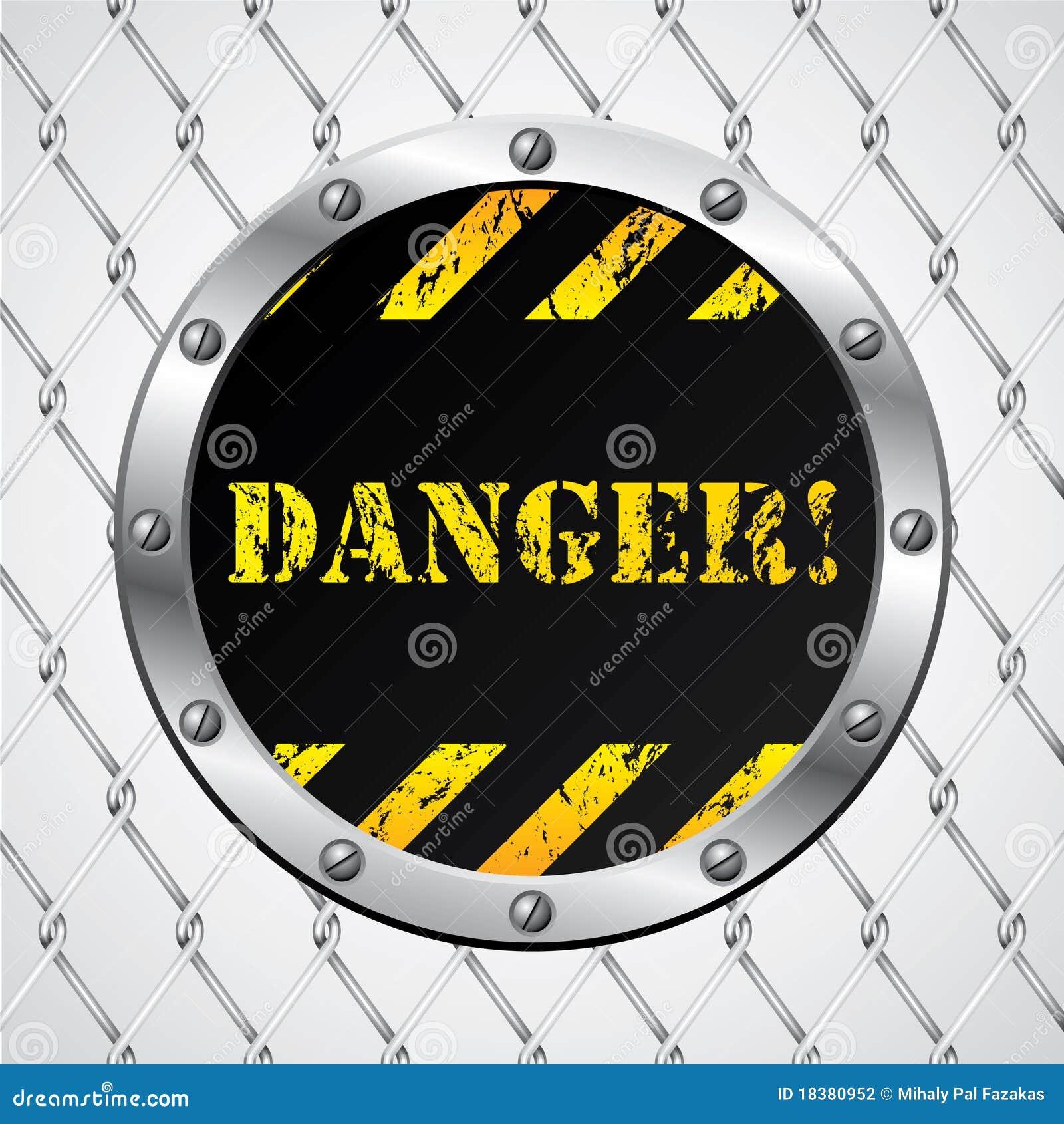 Recinto di filo metallico con il segno del pericolo