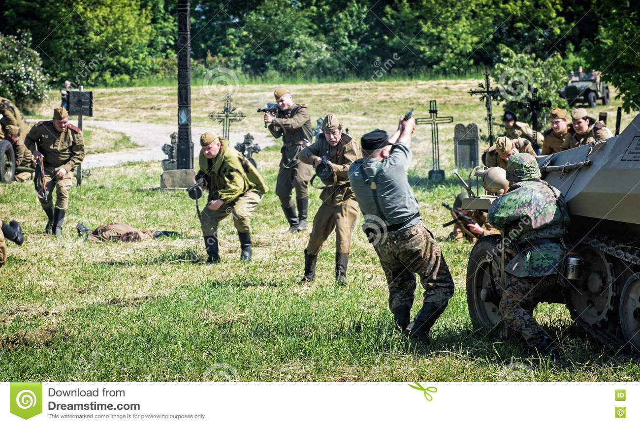 Reconstruction of the Second World War, russian infantry attacks
