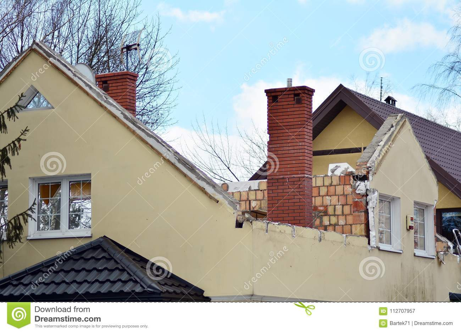 Reconstruisant une maison et ajouter de famille une extension