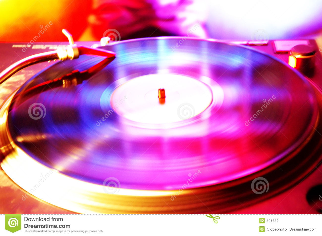 Record spinning in the club