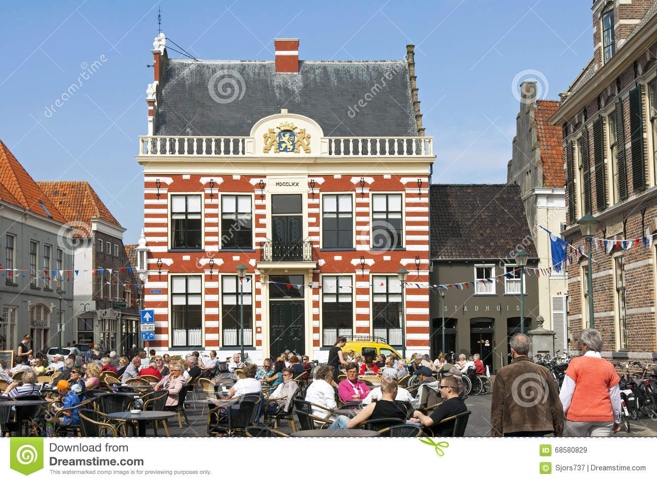 Recreation on terrace on Market with city hall Hattem