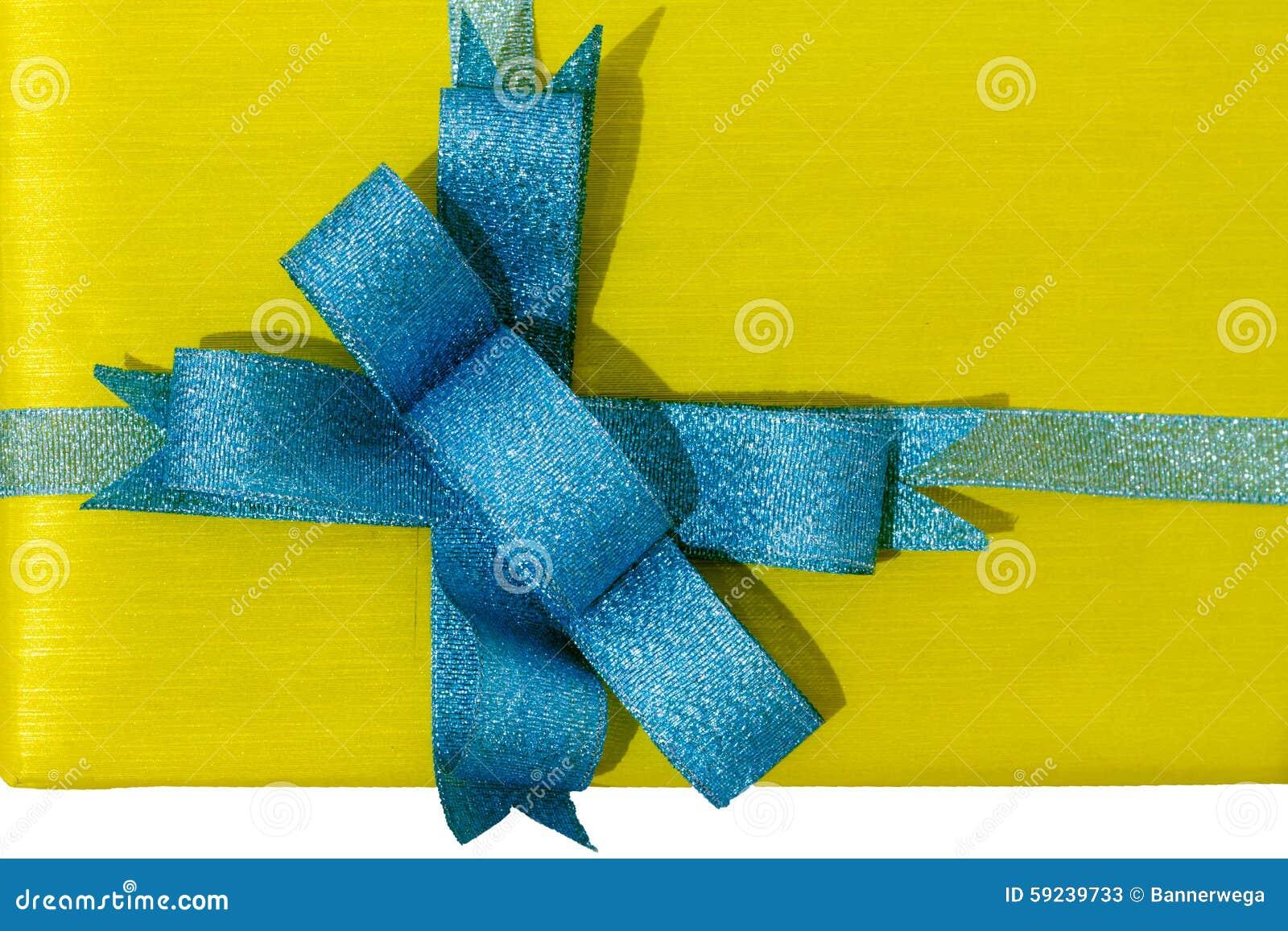 Download Rectángulo De Regalo Con La Cinta Azul Imagen de archivo - Imagen de amarillo, feliz: 59239733