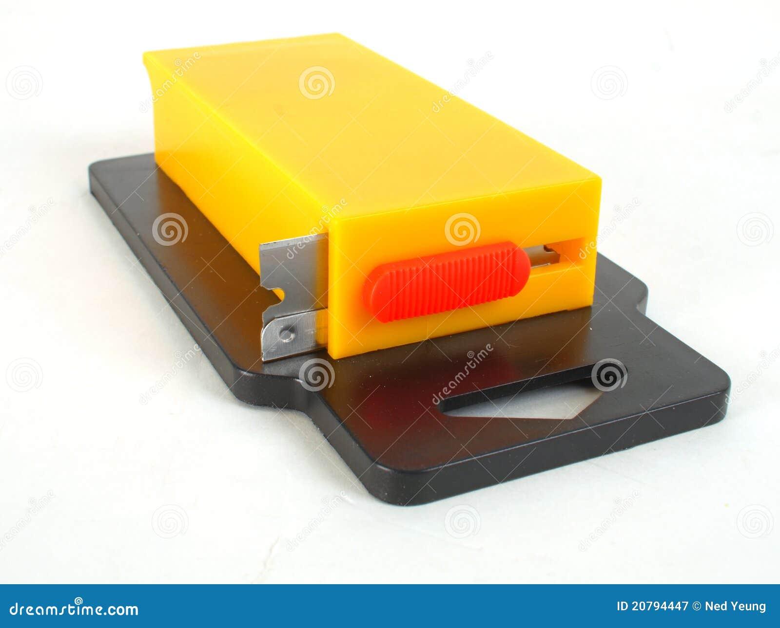 Rectangular Razor Blade Dispenser