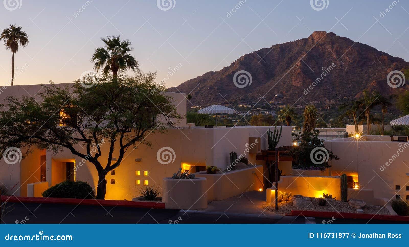 Recurso do Arizona com por do sol