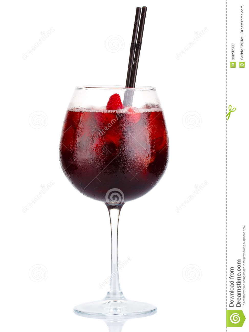 Red alcohol cocktail with red wine and raspberries for White wine based cocktails