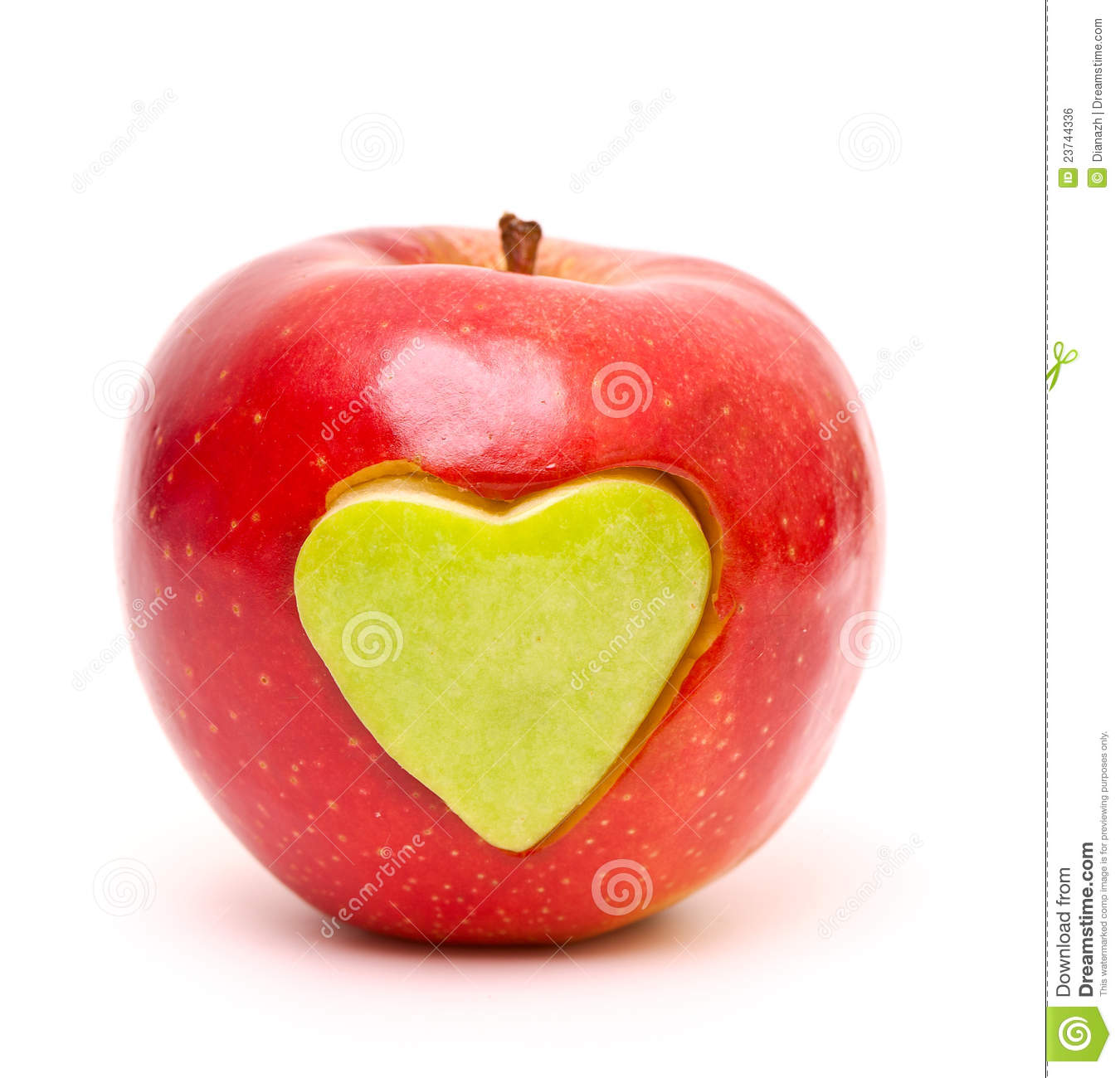 how to cut an apple into hearts