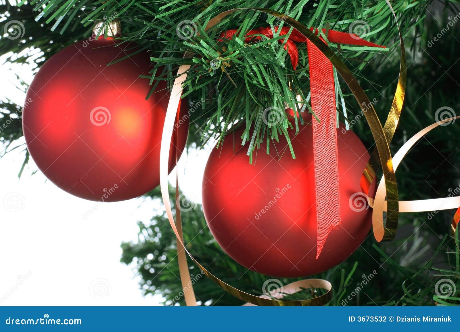 images of red balls big hanging balls 40 pics low hanging testicles