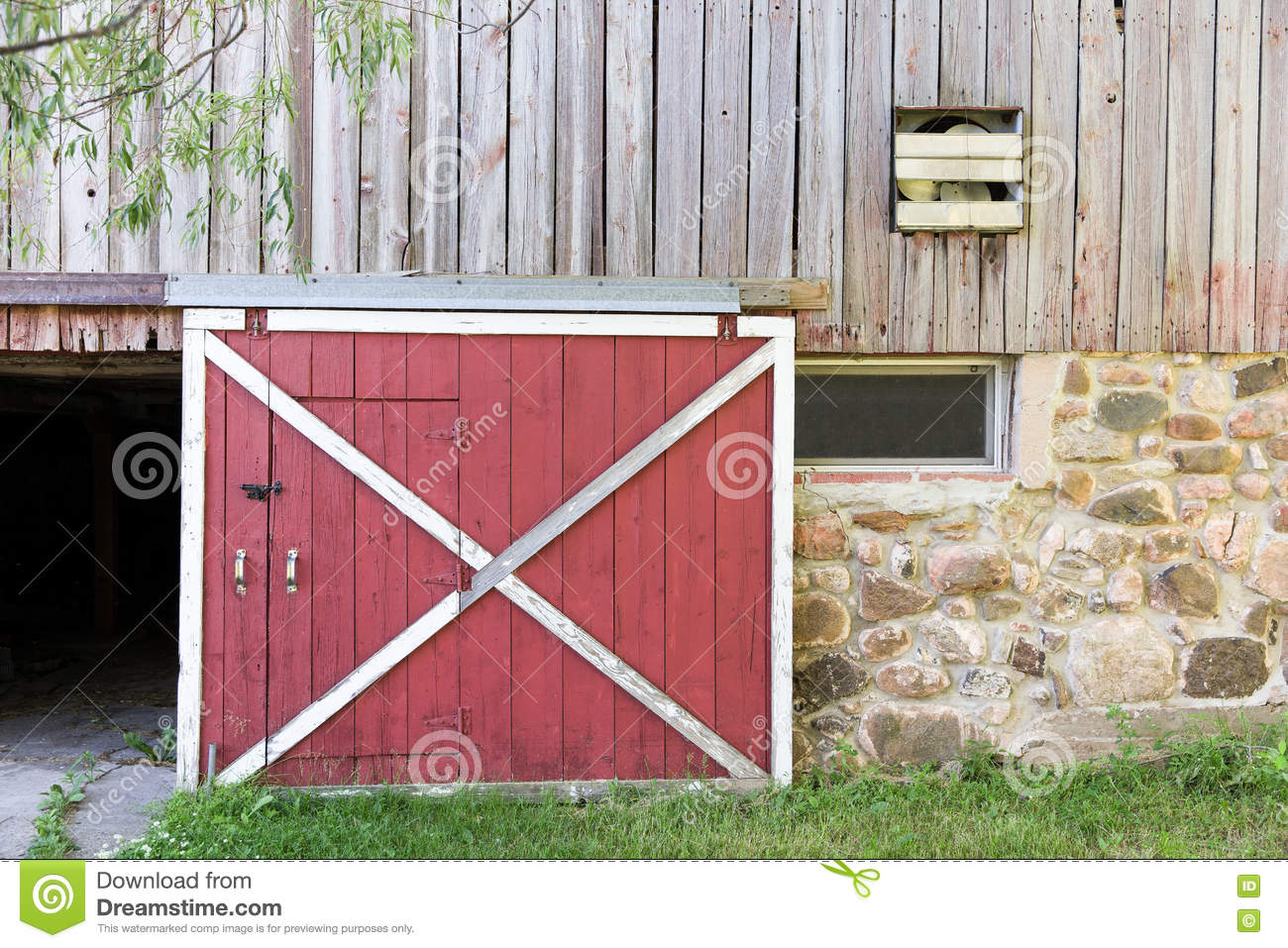17 The Barn Door Odessa The Barn Door Odessa Gorgeous 70 Red And