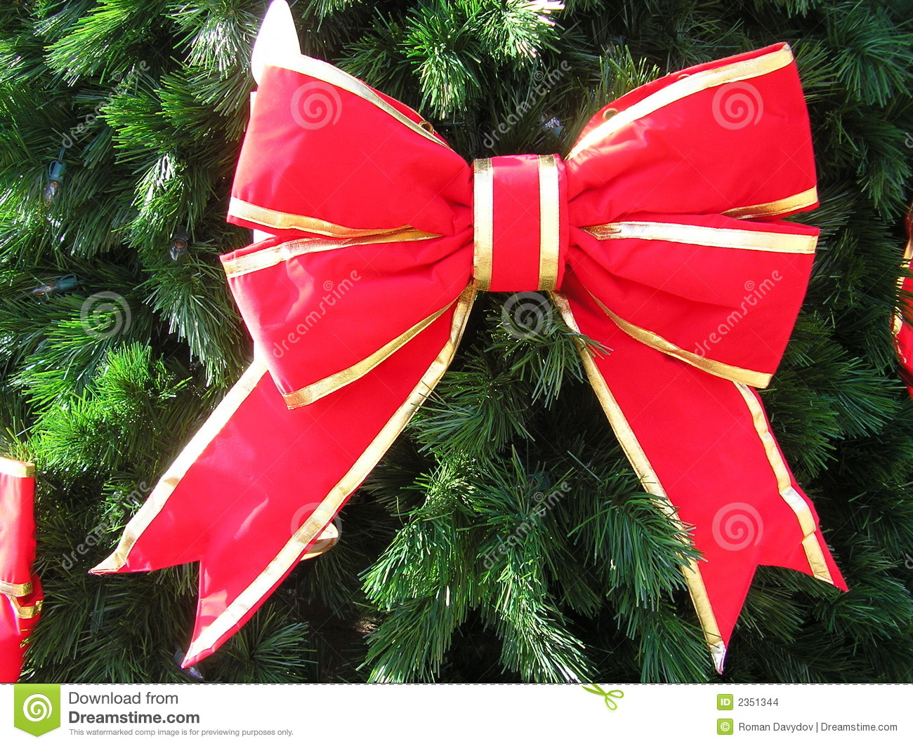 red bow on christmas tree - Christmas Tree Bows