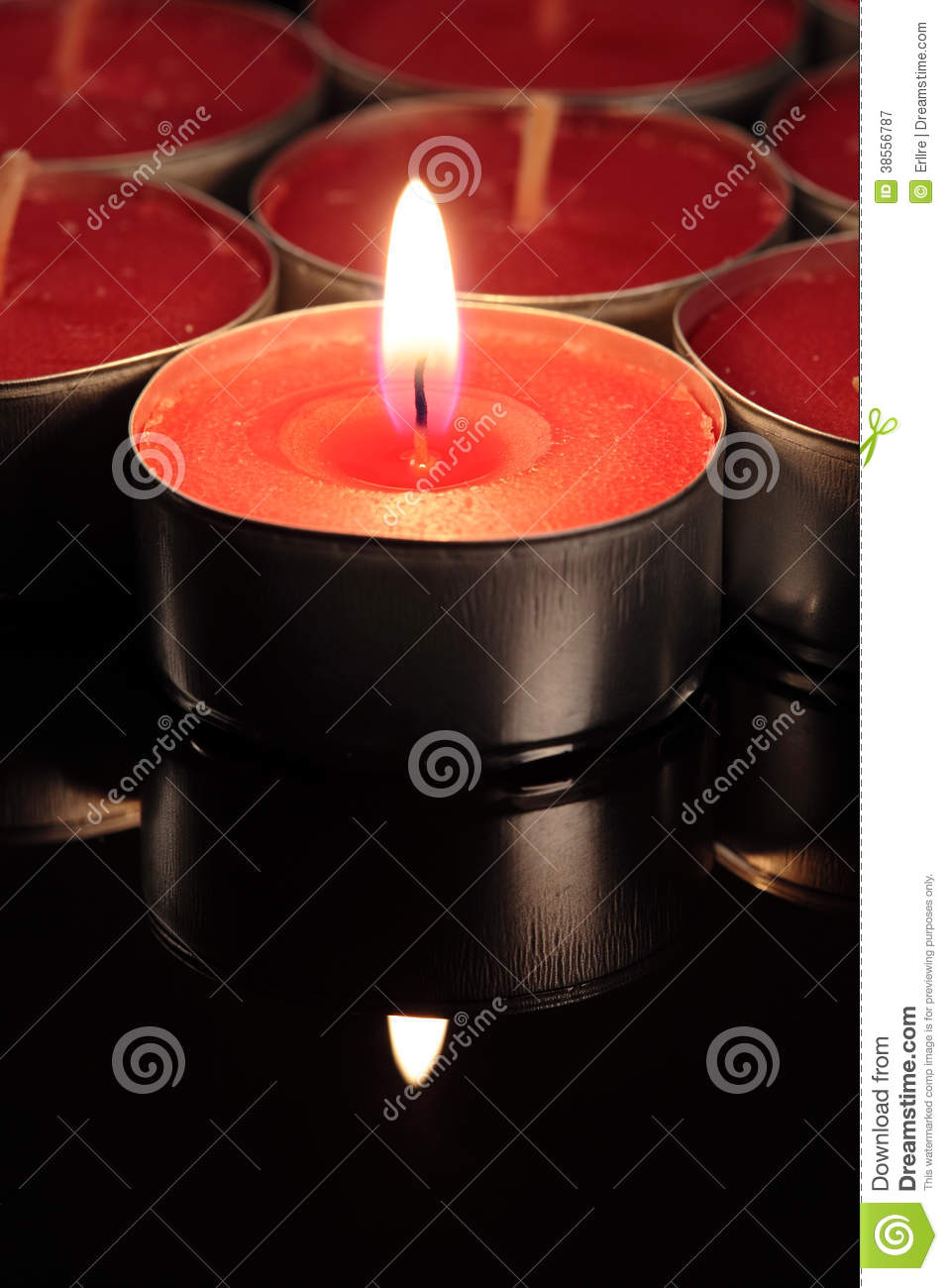 red candle black background - photo #43