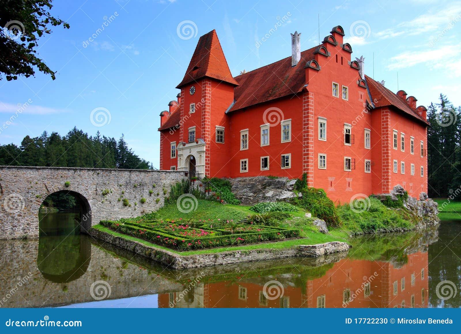 Red castle Cervena lhota - Červená lhota