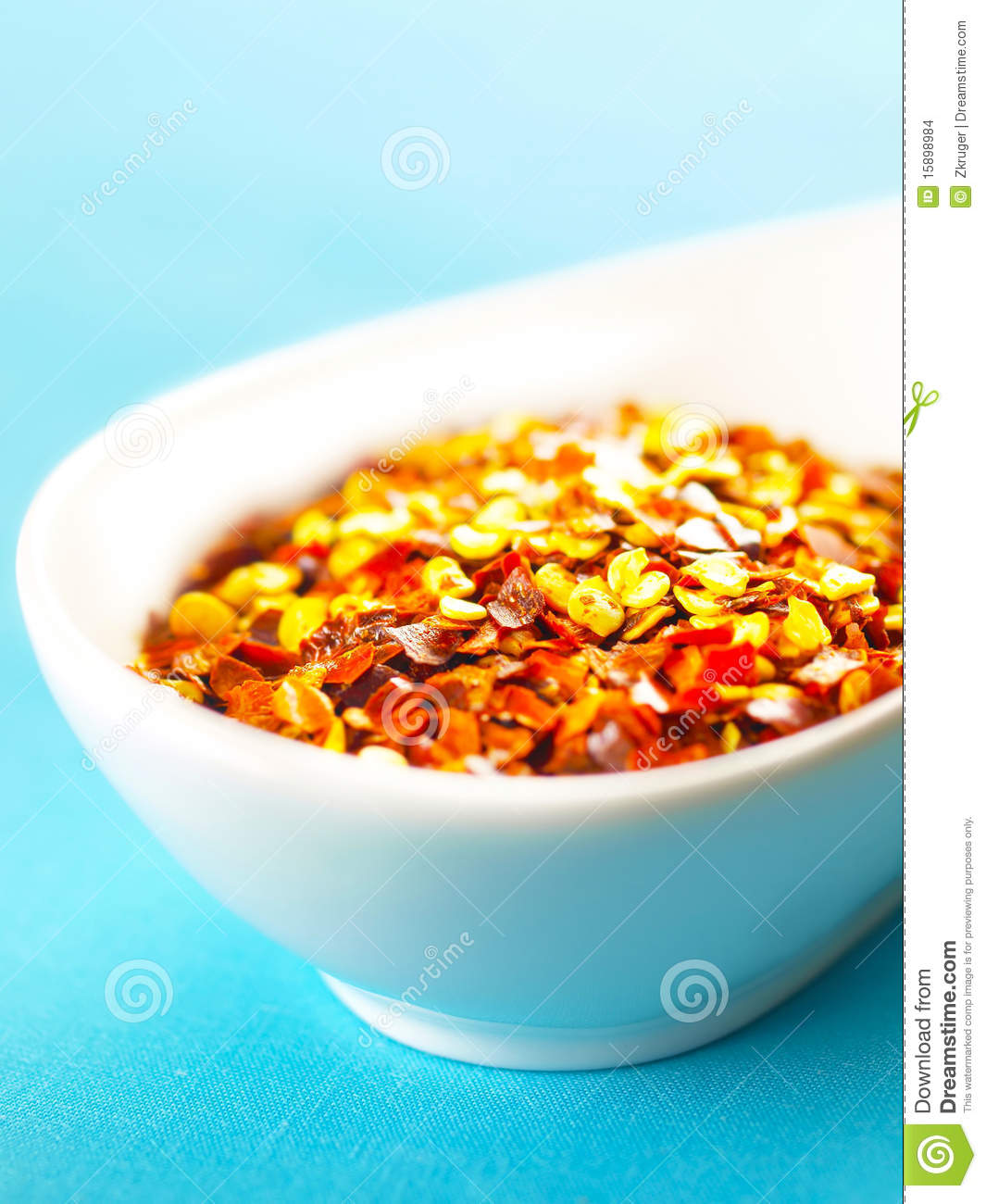 Red chili flakes stock images image 15898984 for Chili flakes