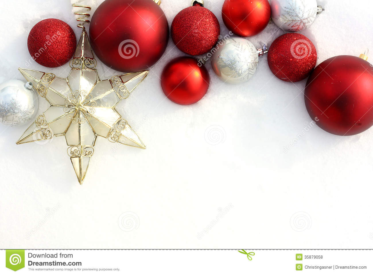 Christmas decorations borders - Red Christmas Bulbs And Star In White Snow Border Royalty Free Stock Photos