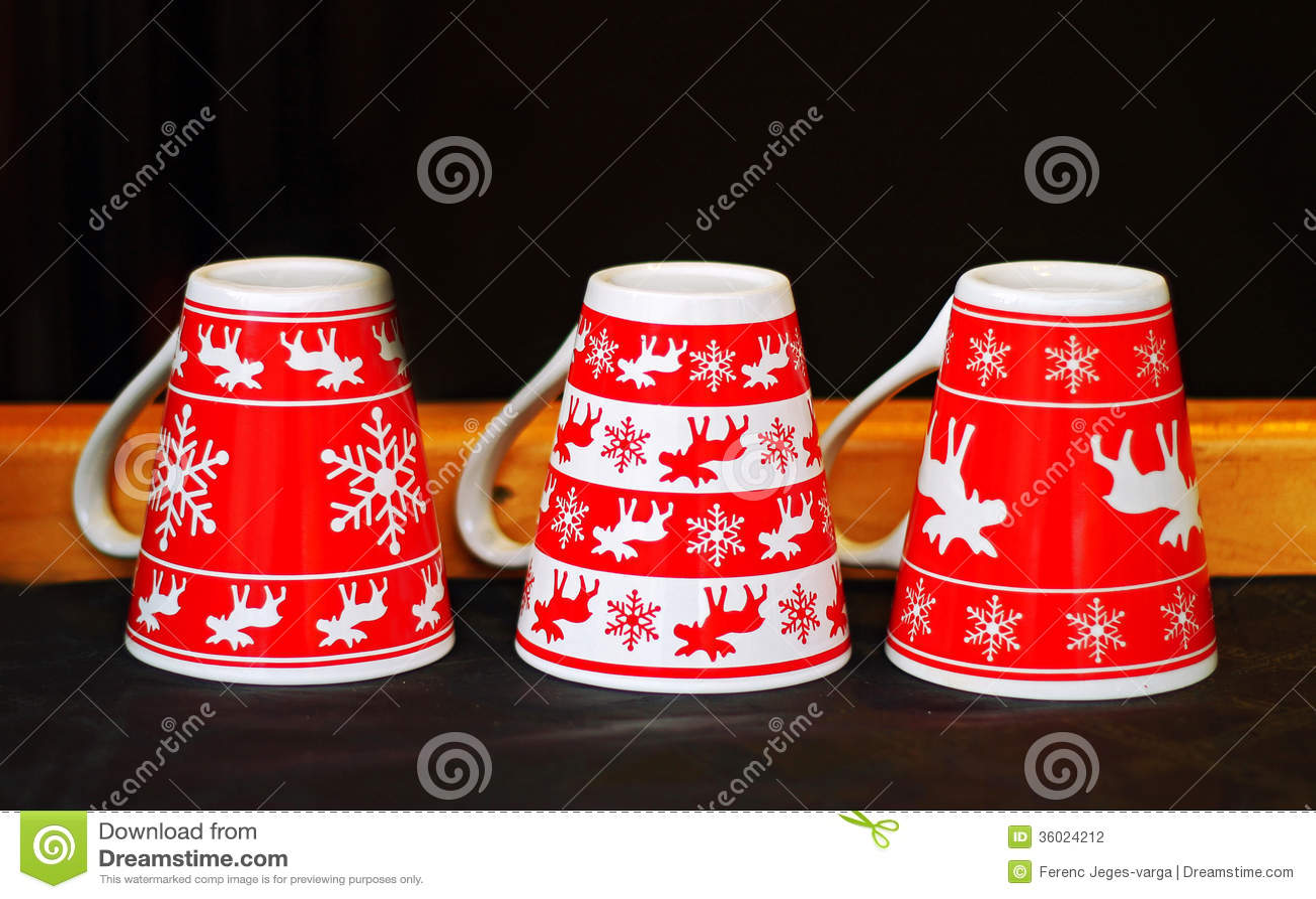Red christmas mugs