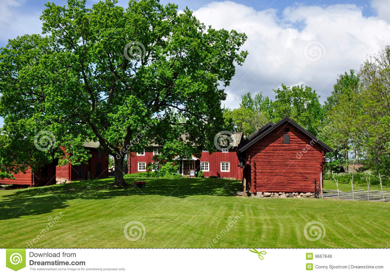 Red cottage royalty free stock image image 9667846 for Red cottage