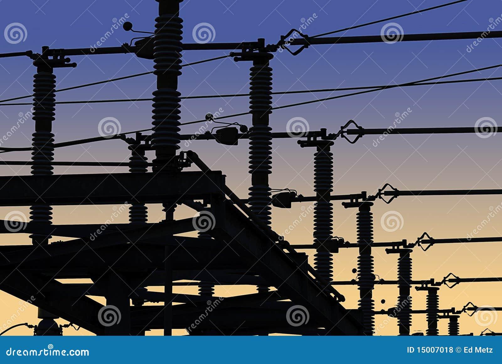 Red de la corriente eléctrica en silueta